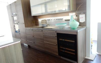 angebote kchen free global kche inkl with angebote kchen stck kleine kchen mit theke auf kche. Black Bedroom Furniture Sets. Home Design Ideas