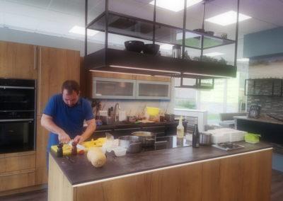 Unser Koch bei der Vorbereitung!